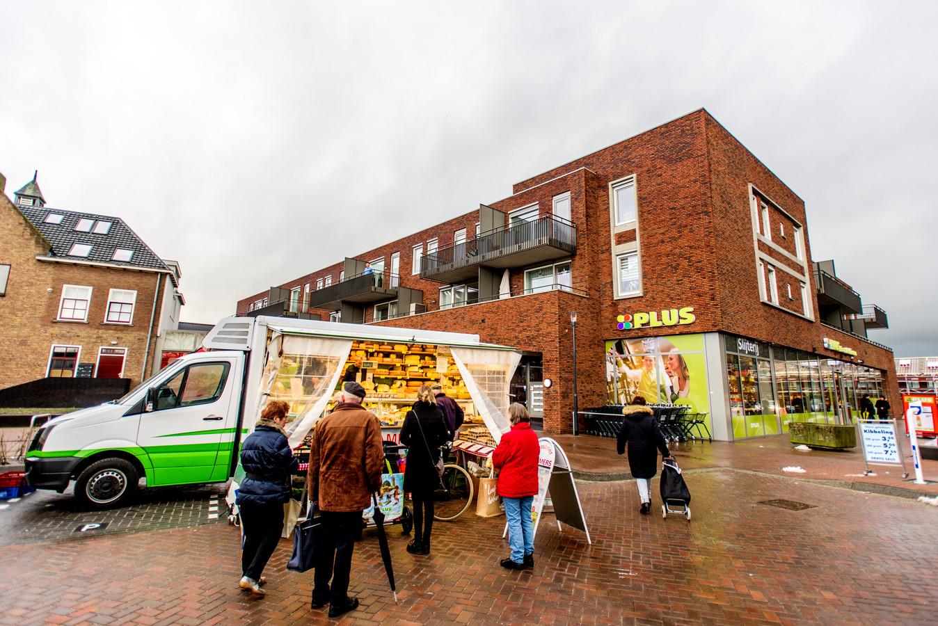 De winkels in Sprang-Capelle mogen ook op zondag open. Maar hoe groot is de behoefte bij ondernemers en winkelend publiek?