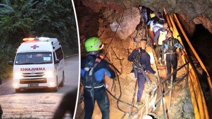 """""""Reddingsactie in Thaise grot opnieuw stopgezet"""", in totaal al acht voetballertjes bevrijd"""