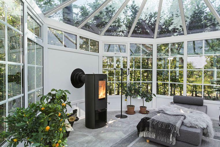 De 'she shed' is een aparte tuinkamer die vrouwen helemaal voor zichzelf kunnen inrichten. Als hobbykamer, relaxruimte, leeshoekje of bureau…