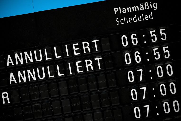 Gecancelde vluchten van Germanwings op de luchthaven van Bonn-Keulen.