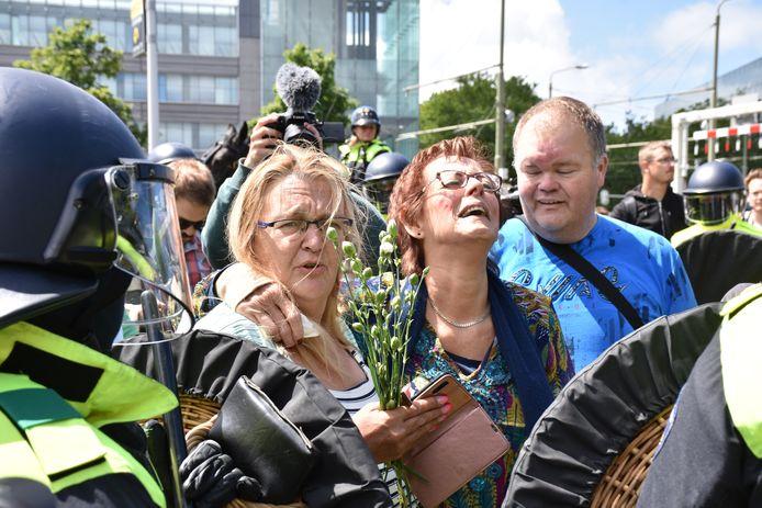 Een betoger hield een emotioneel relaas