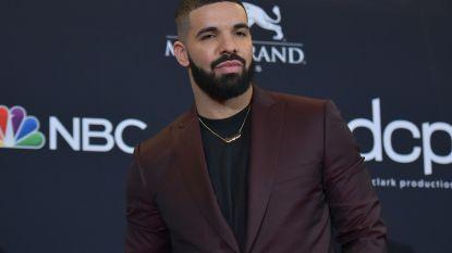 """Recordaantal Billboard Awards voor Drake: """"Met dank aan mijn mama"""""""