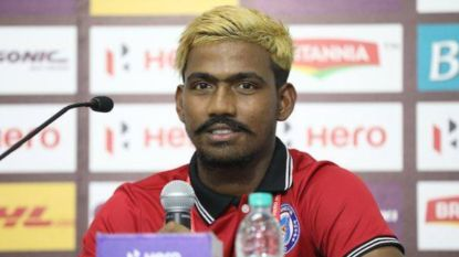 Indische 'voetbalsensatie' een half jaar geschorst voor leeftijdsfraude