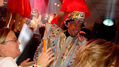 't Oilsjters Zangpalois: Prinsencaemere en 3.500 carnavalisten kleuren Oktoberhallen rood, wit en geel