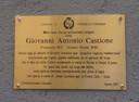 Gedenkplaat in Premosello Italië voor de in Oirschot vermoorde Giovanni Castione.
