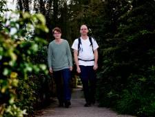 Nog ruim 1.100 kilometer te gaan: Tim en Anouk hebben eerste dag van flinke wandeltocht er op zitten