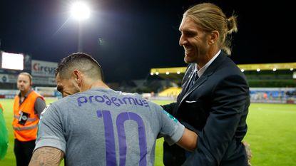 Onze Chef Voetbal ziet hoe Frutos zich net als Weiler belangrijker lijkt te voelen dan de spelers