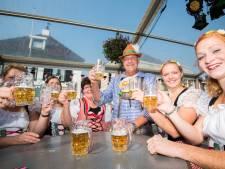 Duits middag Huissen binnen vanwege gure weer