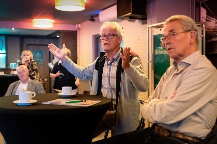 De politieke avond in Ons Café.