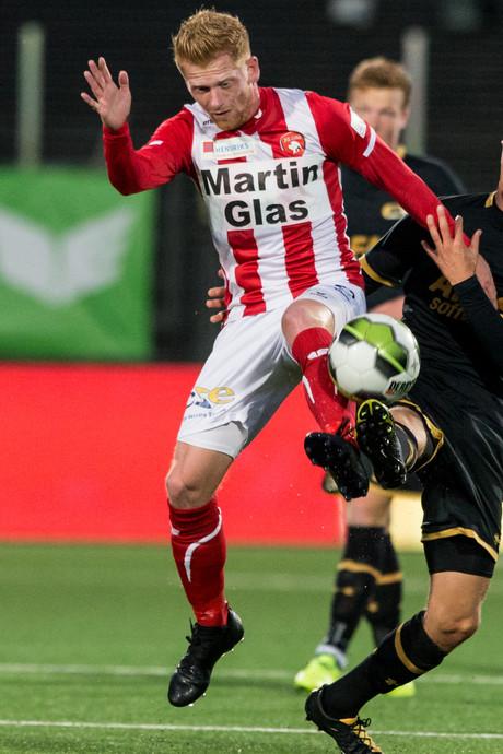 FC Oss koploper af na nederlaag tegen Jong AZ