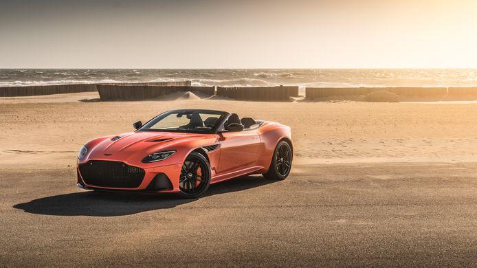 Of de Aston Martin DBS Volante Superleggera het merk van de ondergang gaat redden, is nog maar de vraag.