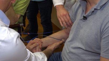 Wereldprimeur: robothand voor Belg die deels verlamd raakte