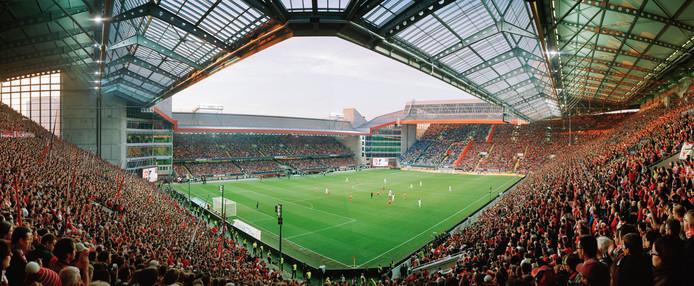Het Fritz-Walter-Stadion van 1.FC Kaiserslautern.