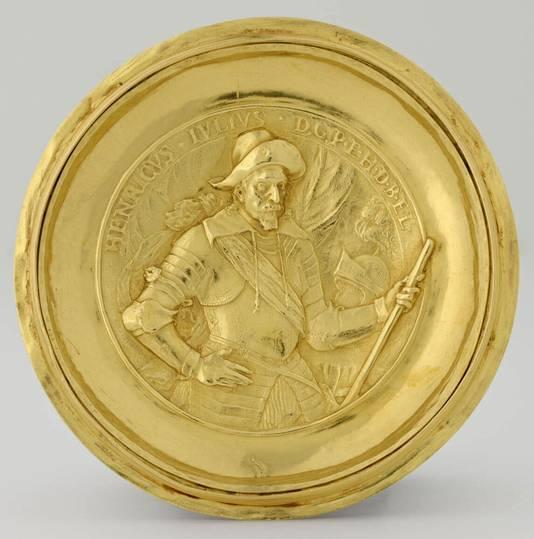 'Het is het allerbeste wat je kunt krijgen en dan ook nog in goud', aldus Rijksmuseumdirecteur Dibbits.