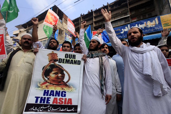 Demonstranten in Pakistan.