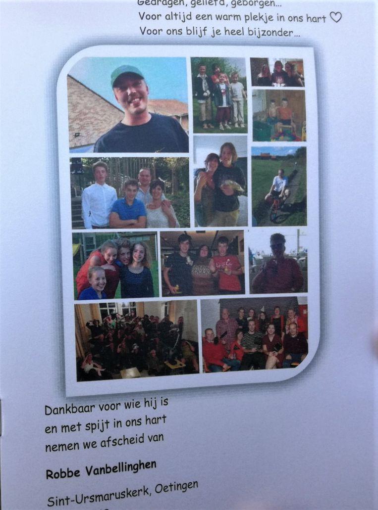In de kerk kregen de mensen een boekje waar tal van foto's in stonden van Robbe en zijn vrienden