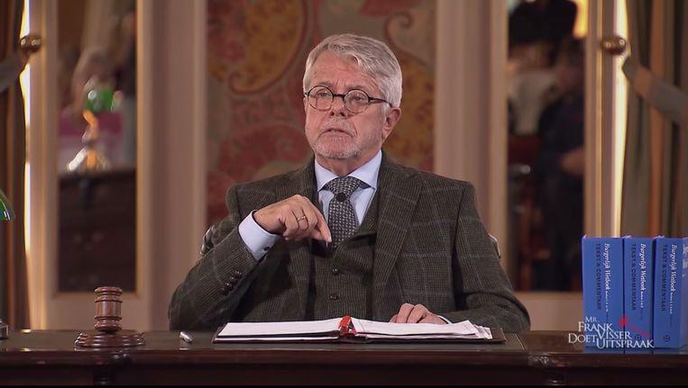 Mr. Frank Visser doet uitspraak, SBS6.  Beeld
