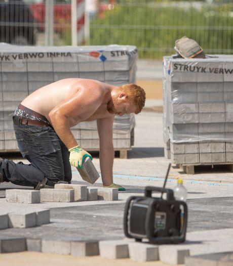 Buitenwerker loopt dubbel risico op huidkanker, maar zonnebrand smeren is 'niet stoer'