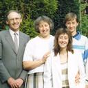 John en Lisa (links), hier samen met hun later omgekomen dochter Helga en hun zoon Marcus.