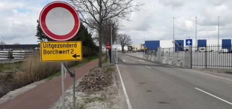 Gevaarlijke situatie voor fietsers bij keet Borchwerf II