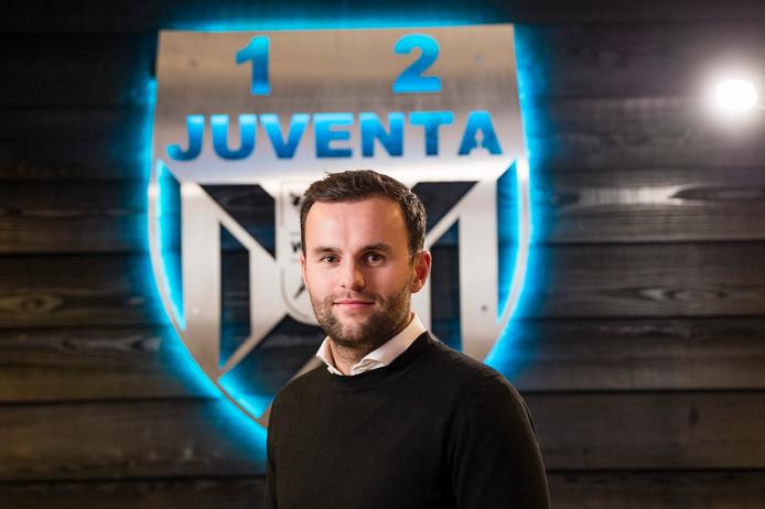 Sebastiaan Bruns speelt zondag met Juventa'12 thuis tegen VV Oldenzaal (14.00u).