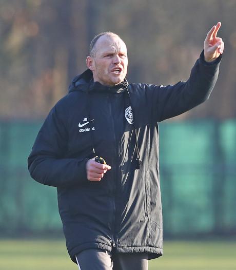 Interim Oosting regeert met harde hand bij Vitesse