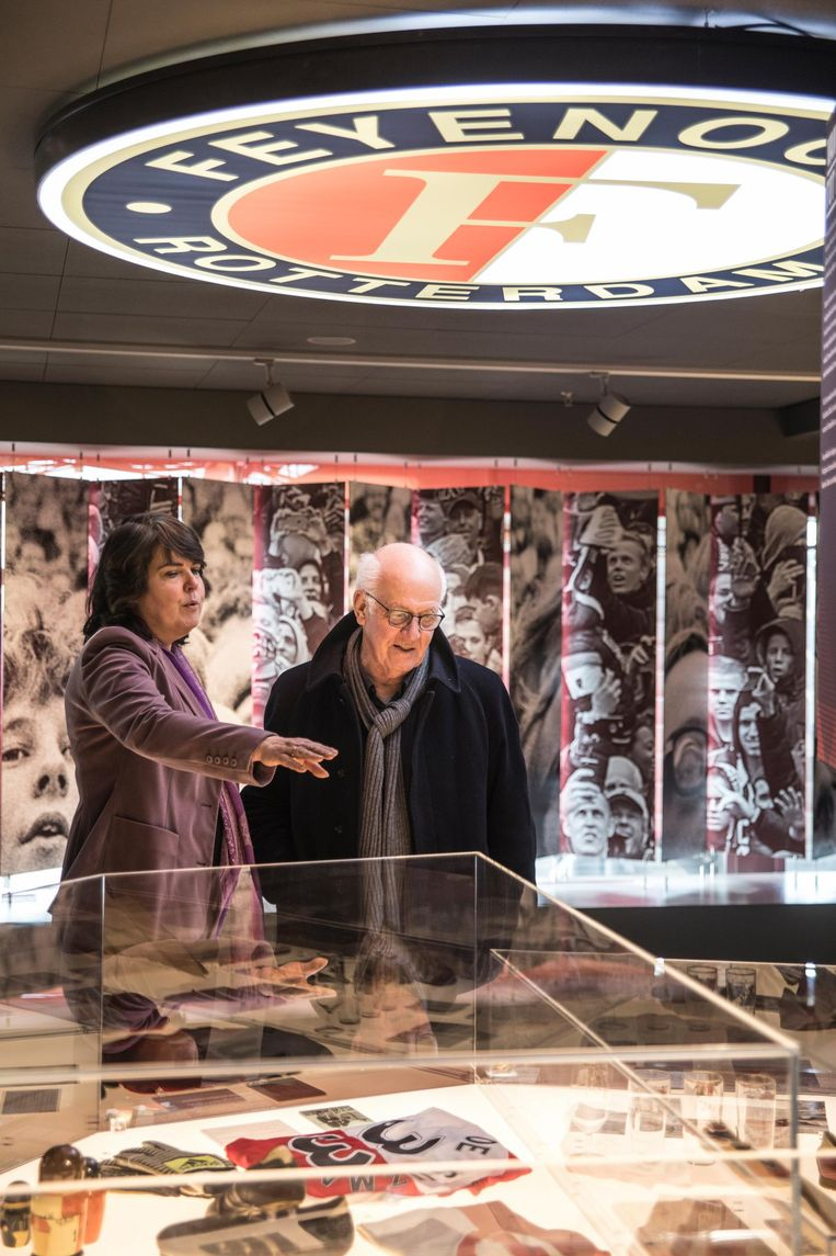 Oud-museumdirecteur Wim van Krimpen in het Feyenoord Museum. Beeld Marlena Waldthausen