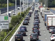 Camion renversé sur la E40 à hauteur de Bruges: 9 km de file en direction de Bruxelles