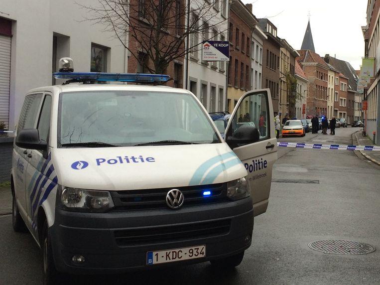 De politie kwam ter plaatse om de inbraak te onderzoeken.