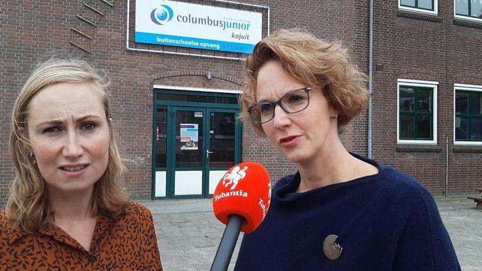 Lid Kirsten Hegeman van de oudercommissie (links) en senior-regiomanager Mirjam Swagerman van Columbus Junior. De buitenschoolse opvang van die organisatie dreigt uit De Touwladder in Wierden te moeten verdwijnen.