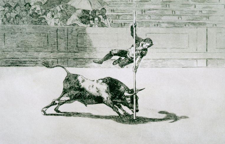 La Tauromaquia No. 20: The Agility and Audacity van Juanito Apinani in de ring in Madrid, door Francisco de Goya.  Beeld Corbis/VCG via Getty Images