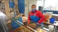 """Beroemde Vistrap van Oostende blijft tijdens coronacrisis open: """"De kopers doen alleen hun 'klaptje' niet"""""""