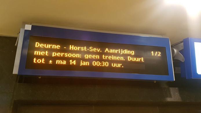 Geen treinen tot 00.30 uur.