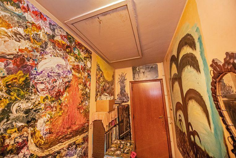 Ook op de muren van bepaalde kamers in het ouderlijk huis schilderde Frida mooie taferelen.