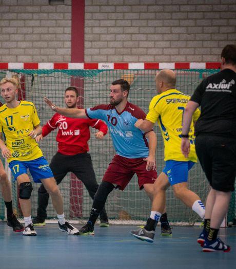 'Clubman met pijn' stapt vroegtijdig van het veld en gaat handballers DFS Arnhem coachen