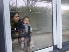 Regina koopt alvast meubels voor haar nieuwe huis in Vlissingen