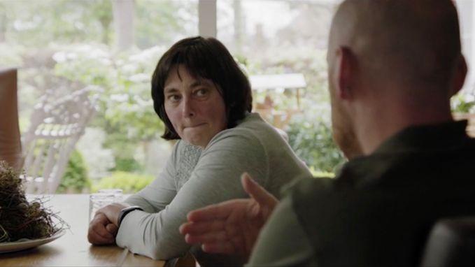 """VIDEO. De mama van Stig Broeckx over het zware ongeval van haar zoon: """"Toen dacht ik, ik ben hem kwijt"""""""
