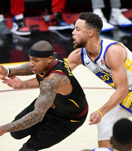 Warriors winnen opnieuw topper tegen Cavaliers in NBA