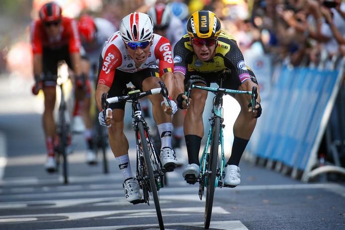 Een fotofinish in etappe 11 van de Tour de France. Caleb Ewan (links) wint het nipt van Dylan Groenewegen. In de Lezerstour eindigen drie deelnemers zelfs precies gelijk bovenaan.