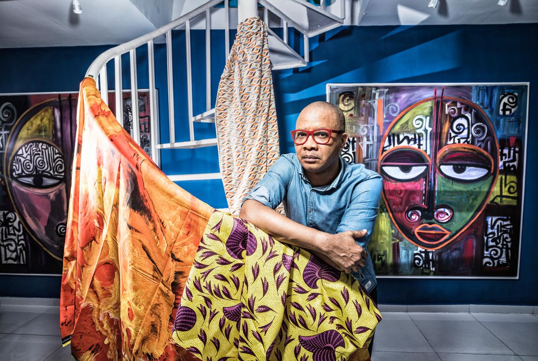 De Nigeriaanse kunstenaar en publicist Victor Ehikhamenor gebruikt veel motieven van klassieke werken uit het Beninrijk in zijn beelden en schilderijen.