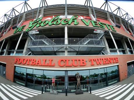 FC Twente haalt letters Grolsch van stadion voor EK vrouwenvoetbal