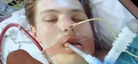 Ewan (18) op randje van dood door e-sigaret: 'Dat ding heeft mijn leven verpest'