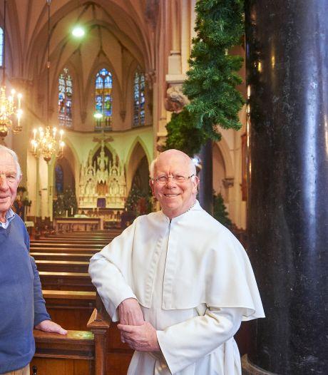 Heeswijk verlaat de kerk maar blijft wel en wee samen delen
