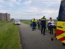 Voetganger gewond na botsing met fiets op dijk in Arnhem