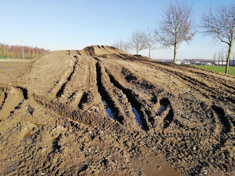 Het parcours liep zware schade op door de joyrider.