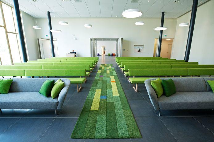 Foto ter illustratie. De binnenruimte van crematorium en uitvaartcentrum Waalstede in Nijmegen.