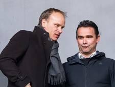 Dennis Bergkamp legt zich niet neer bij ontslag Ajax
