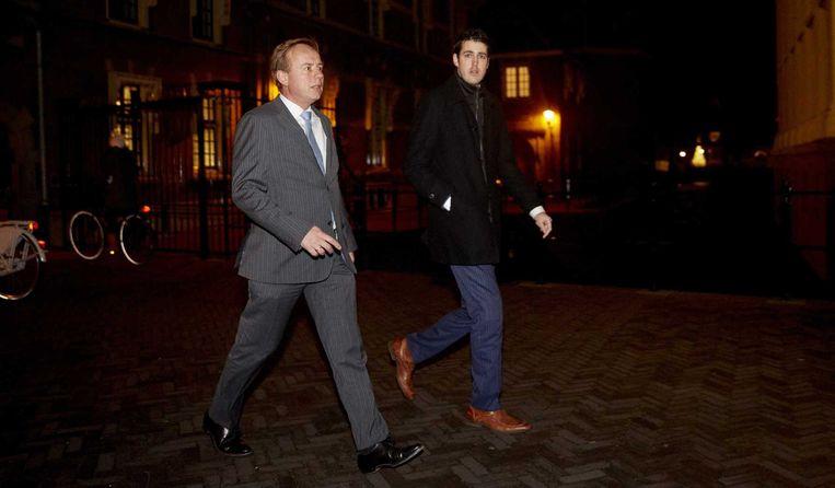 SGP-fractievoorzitter Kees van der Staaij verlaat het Torentje na overleg over de gesneuvelde zorgwet van minister Edith Schippers. Beeld anp