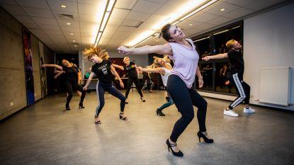 """Naika leert Genk dansen op stiletto's: """"Vrouwen op hakken zijn zelfs een beetje imponerend"""""""