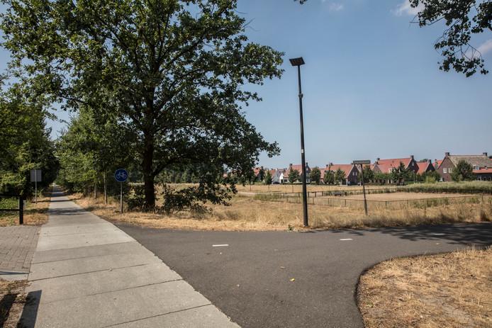 Chemiebuizen Vlak Langs Huizen In Brandevoort Stiphout En Mierlo